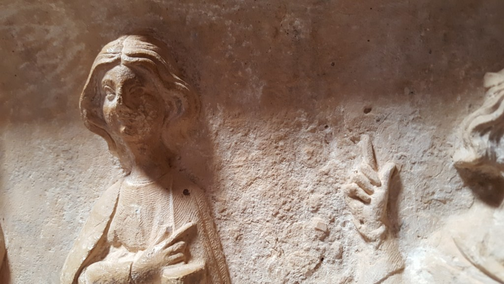 chapiteau-cloitre-abbaye-occitanie