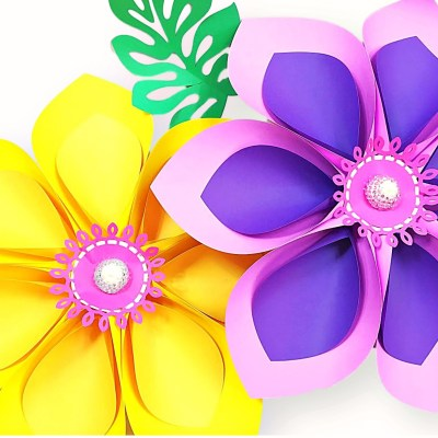 How to Make Giant Hawaiian Paper Flowers