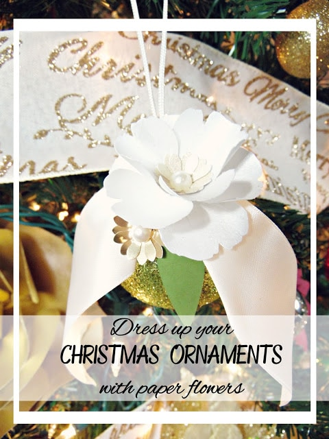 DIY Christmas ornaments. Paper flowers