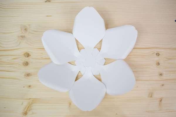 DIY Giant Paper Magnolia Tutorial