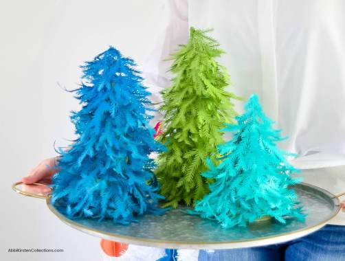 Paper Christmas Tree Craft: Free Christmas Tree Template and tutorial. How to make a standing paper Christmas tree craft for your holiday decor.