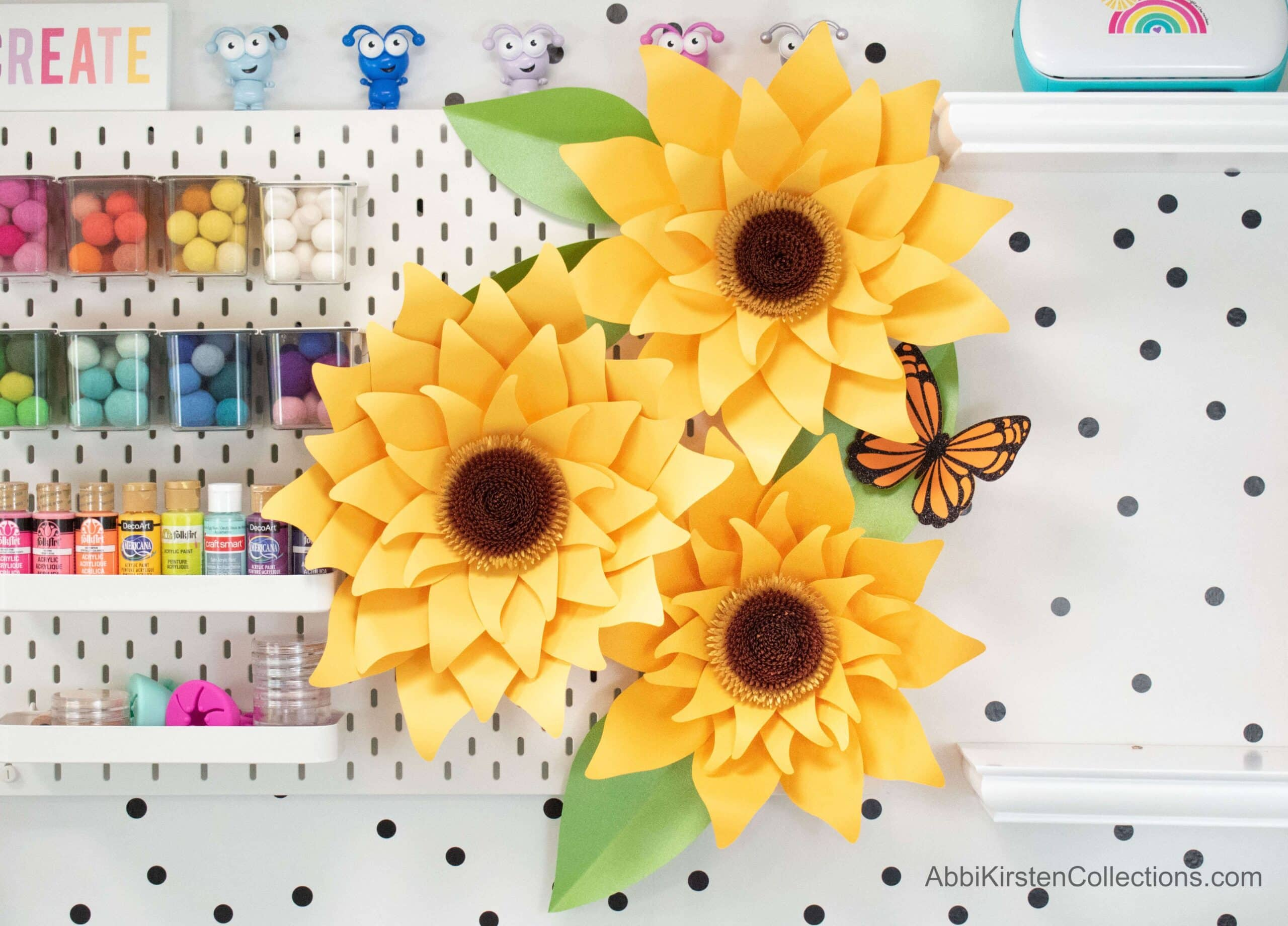 Giant Paper Sunflower Tutorial – Paper Flower SVG and PDF Printable Templates