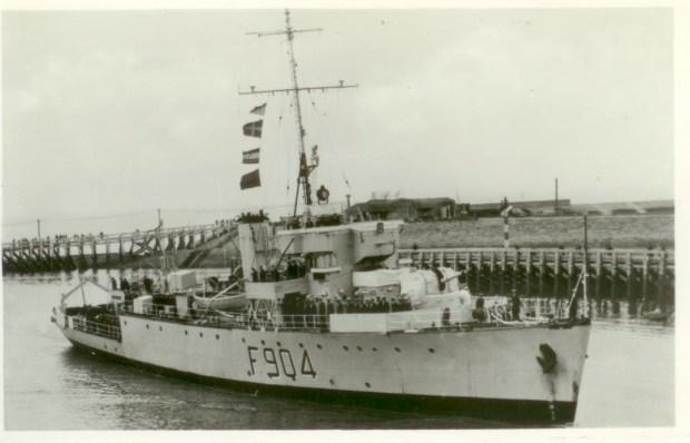 Luc F904 001