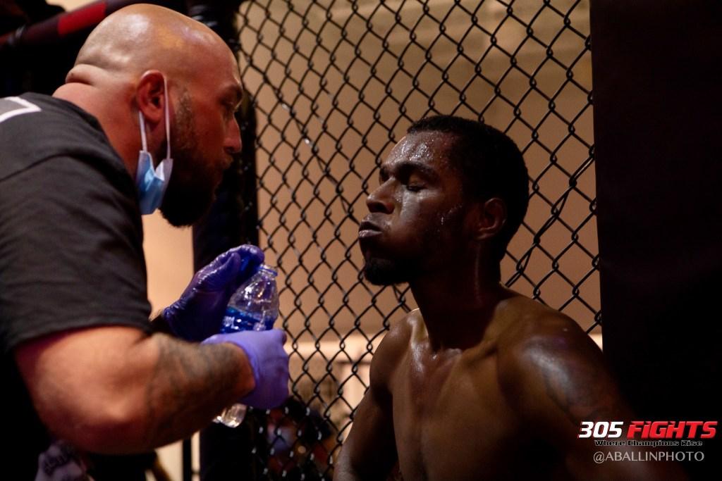 305 FIGHTS 9_26 WM-044
