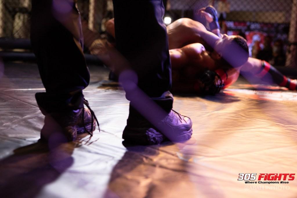 305 FIGHTS 9_26 WM-067