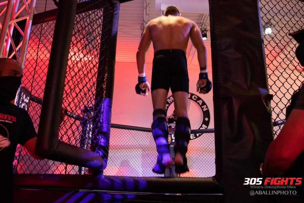 305 FIGHTS 9_26 WM-073