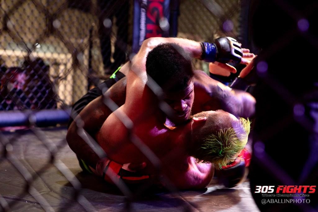 305 FIGHTS 9_26 WM-097