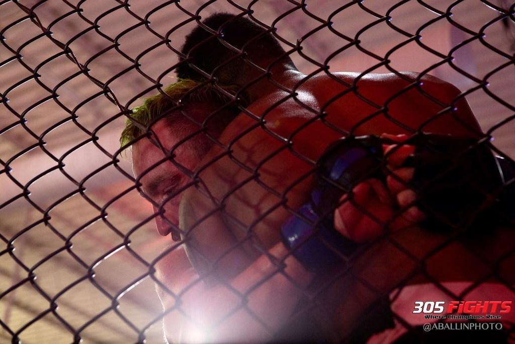 305 FIGHTS 9_26 WM-099