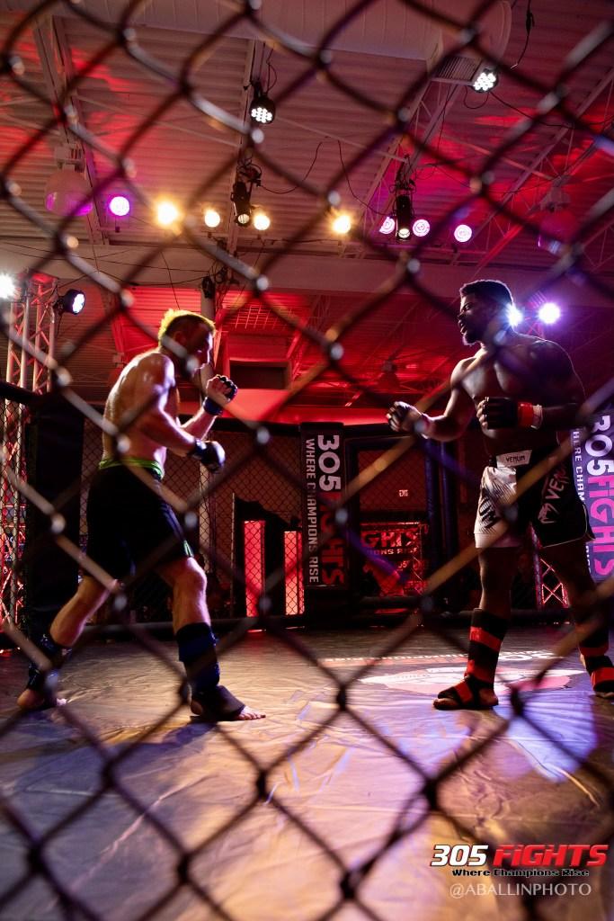 305 FIGHTS 9_26 WM-103