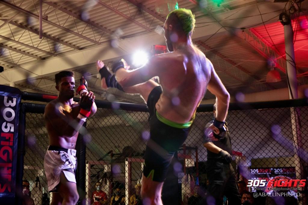305 FIGHTS 9_26 WM-109