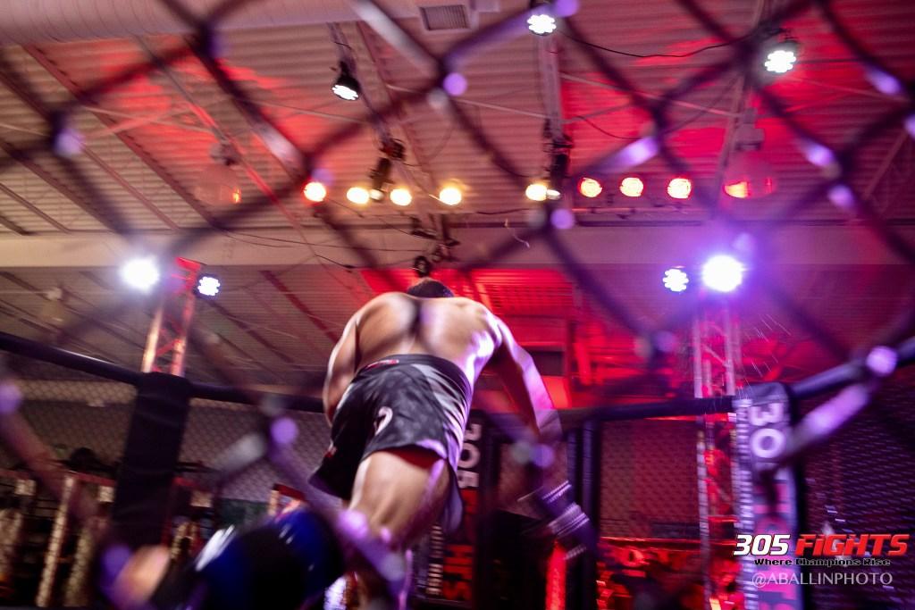 305 FIGHTS 9_26 WM-148