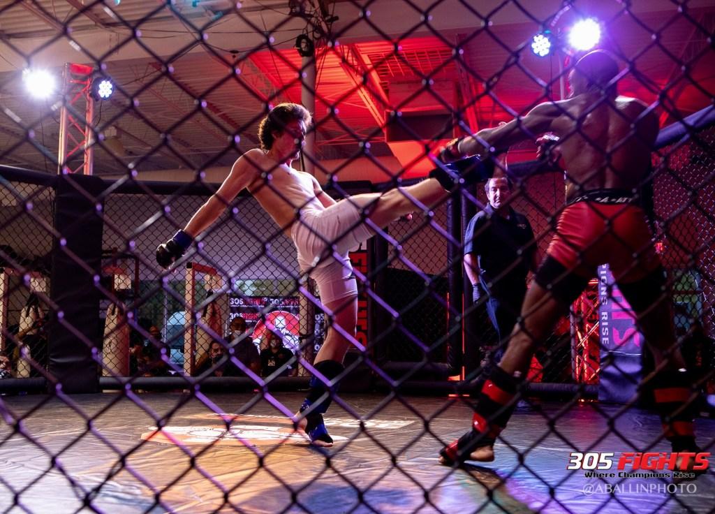 305 FIGHTS 9_26 WM-158
