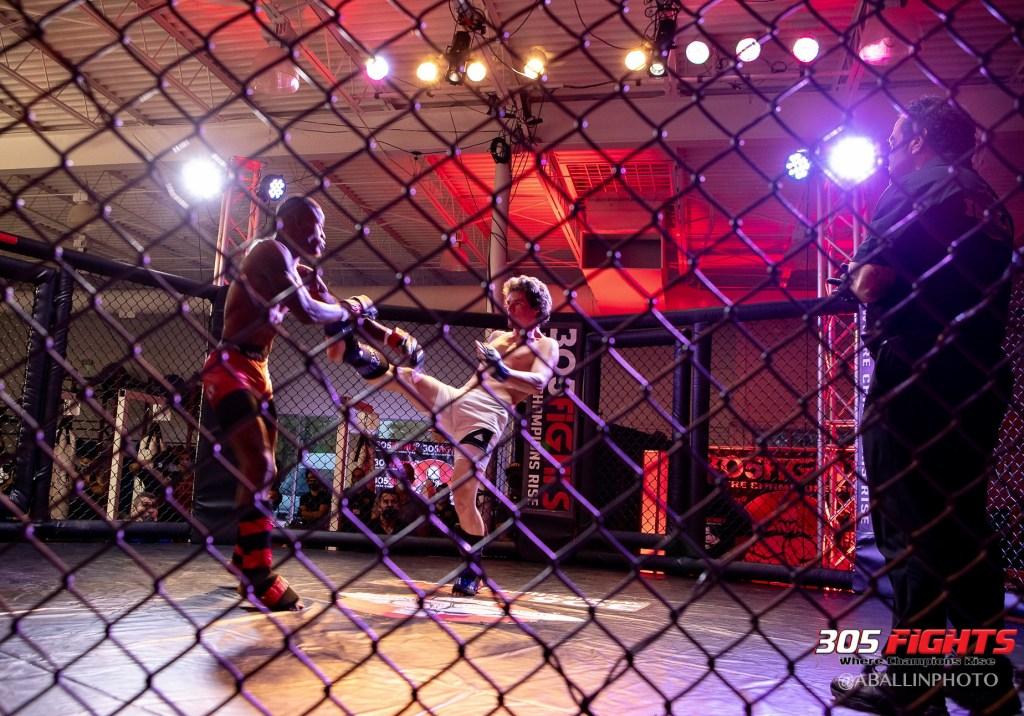 305 FIGHTS 9_26 WM-159