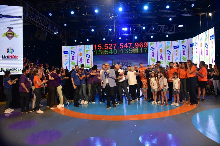La Fundación Teletón cerró su maratón de 28 horas con la misión cumplida.