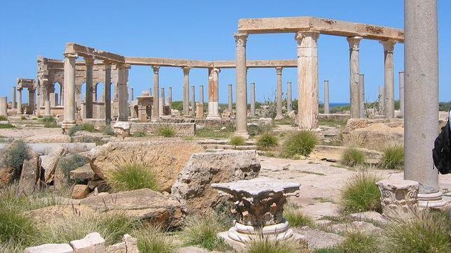 Gadafi usa unas ruinas romanas como arsenal para impedir ataques de la OTAN