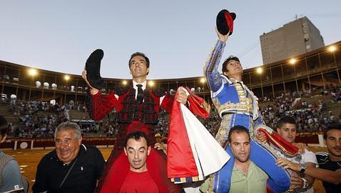 El Cid y Castella, en hombros