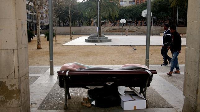 Más de 1.500 personas malviven en la calle o en barracas en Barcelona