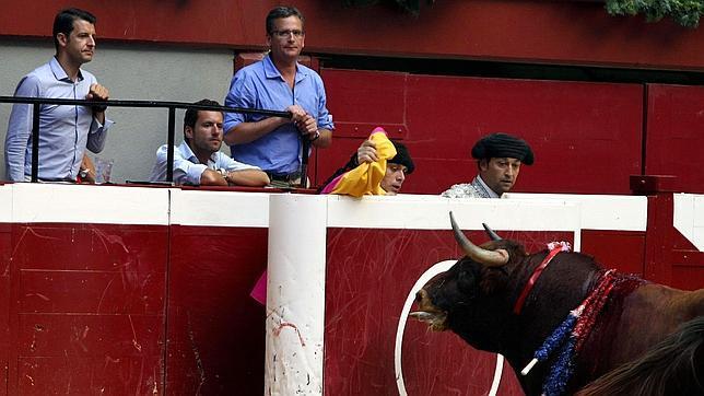 «A Batasuna le parece mal una puya a un toro y no asesinar a un guardia civil»