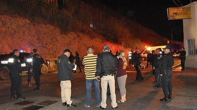 Agentes de EE.UU. justifican la muerte de un menor por atacar con piedras desde México