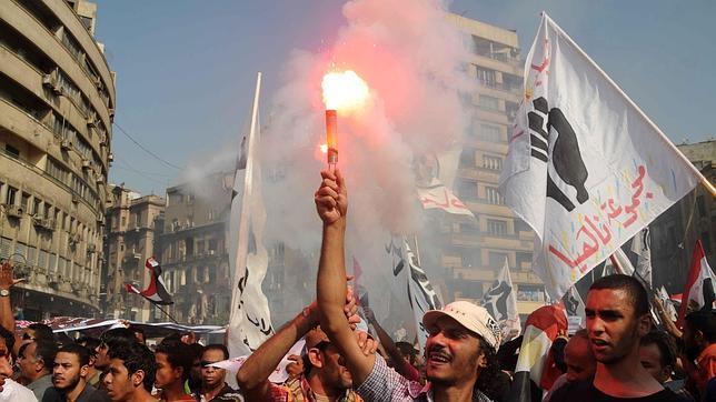 «Sharía», mujer y libertades, las flaquezas de la nueva Constitución egipcia