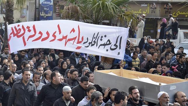 Tres muertos y más de 400 heridos en los enfrentamientos de hoy en Port Said