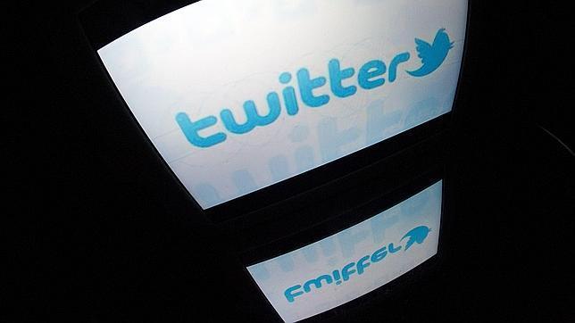 Twitter revela un ataque informático que afectó a 250.000 usuarios