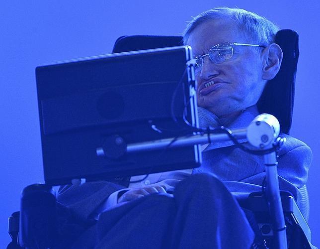 Stephen Hawking: «El Universo no necesitó ayuda de Dios para existir»