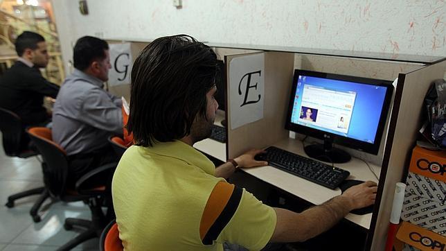 Irán intensifica la censura de internet a menos de un mes de las elecciones