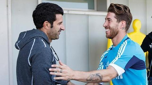 Luis Figo : « Ramos mérite le Ballon d'Or »