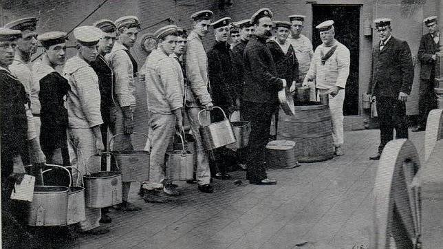 Cómo el ron se convirtió en el arma secreta de la Marina Real Británica