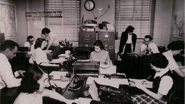 Las mujeres en la CIA: al descubierto sus trucos y sus aparatos secretos
