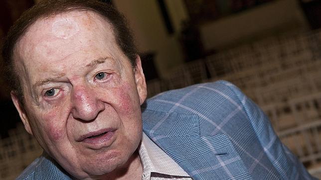 El magnate Sheldon Adelson celebra unas miniprimarias republicanas en Las Vegas