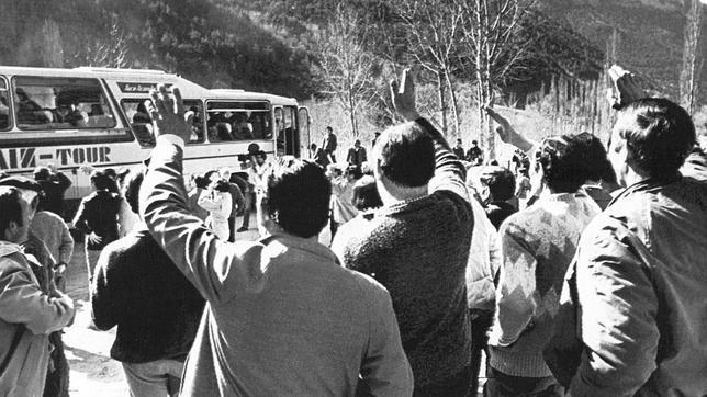 Caravanas de mujeres: de las pioneras de Plan a las «sexualmente activas» de Lérida
