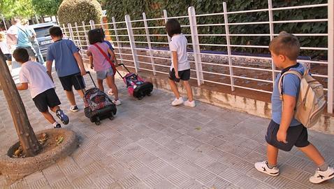 ¿A qué edad debemos dejar a los niños ir solos al colegio?