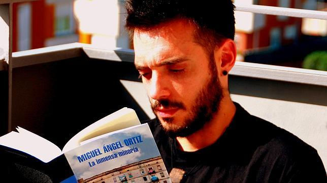 Miguel Ángel Ortiz: «Me gusta la idea de madurar al mismo ritmo que mis personajes»