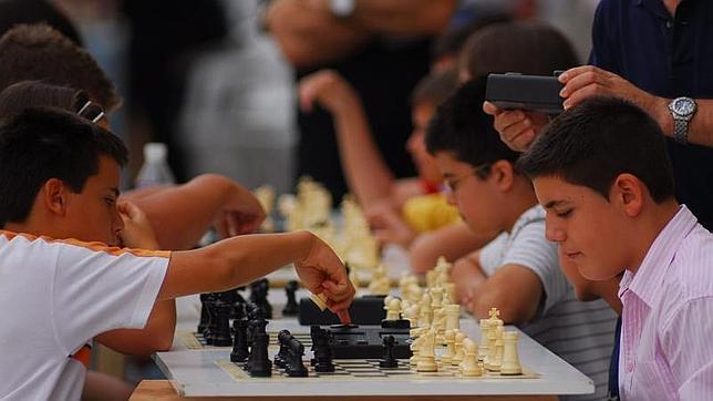 El Congreso aprueba la implantación del ajedrez como asignatura en los colegios