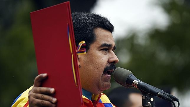 El 74% de los venezolanos valora negativamente la gestión de Maduro