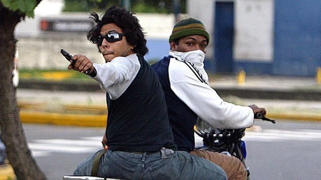 El chavismo se apoya en el hampa para sembrar el miedo en las calles