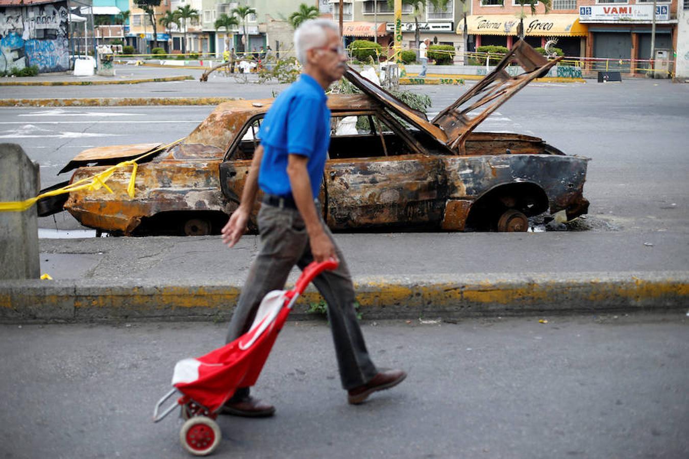 https://i1.wp.com/www.abc.es/media/MM/2017/07/27/huelga-general-venezuela23-U10109771206xc--1350x900@abc.jpg