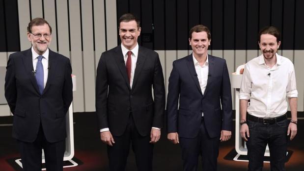 debate a 4 13 j 6j hombres mujeres rajoy igleasias ciudadanos albert rivera pedro sánchez moda trajes mejores y peores vestidos