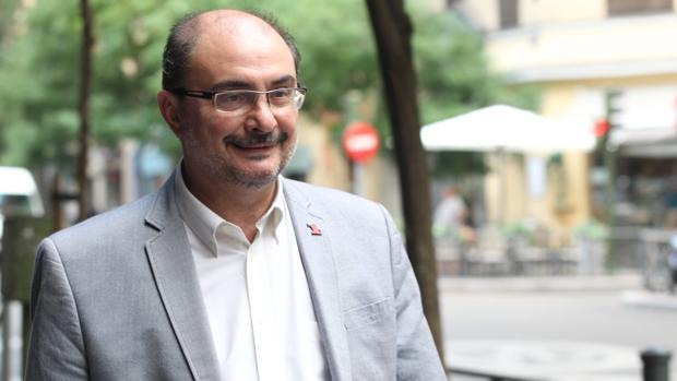 Javier Lambán, presidente de Aragón, responsable del pago a los abogados de oficio de su Comunidad