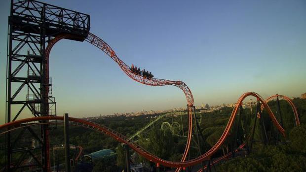 El abismo es una de las montañas rusas más visitadas del Parque de Atracciones de Madrid