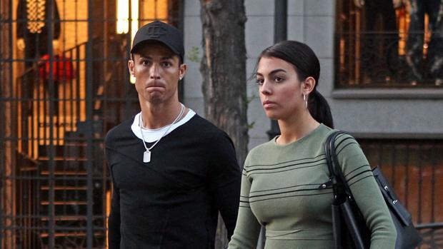 georgina ronaldo kEvE  620x349@abc - Georgina Rodríguez, la Novia de Cristiano Ronaldo