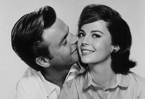 Natalie Wood junto a su marido Robert Wagner