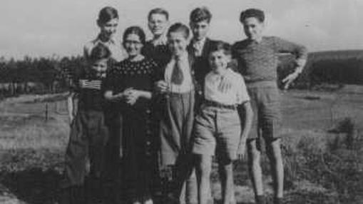 Niños judíos refugiados por la población protestante del pueblo de Le Chambon-sur-Lignon