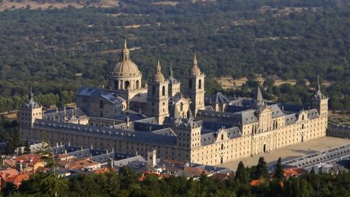 El Monasterio de El Escorial, desde el monte Abantos