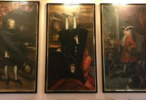 Retrato de Felipe V boca abajo en en el Ayuntamiento de Cervera