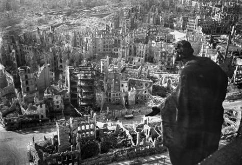 La ciudad de Dresde, tras el bombardeo