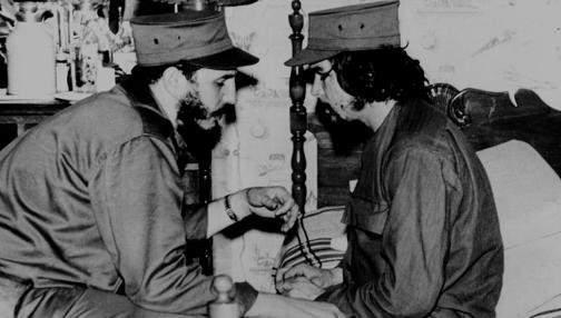 Fidel Castro y el Che Guevara, en 1959