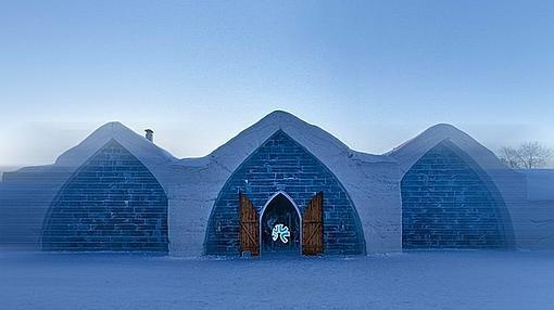 Resultado de imagen de El hotel de hielo Hôtel de Glace en Quebec, Canadá
